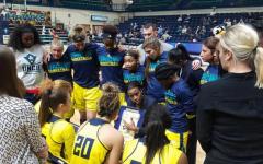 Harris resigns as UNCW women's coach