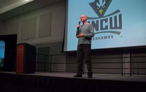 Scott Dikkers comes to UNCW
