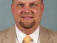 Schwier steps down as UNCW X-C, T&F coach