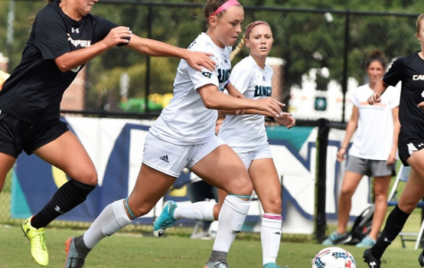 Lady Seahawks bounce back, down Campbell