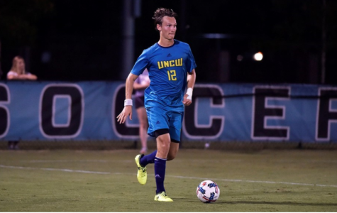Hjalmar Ekdal handles the ball during UNCW's 2-1 win over Elon on Wednesday, Sept. 27.