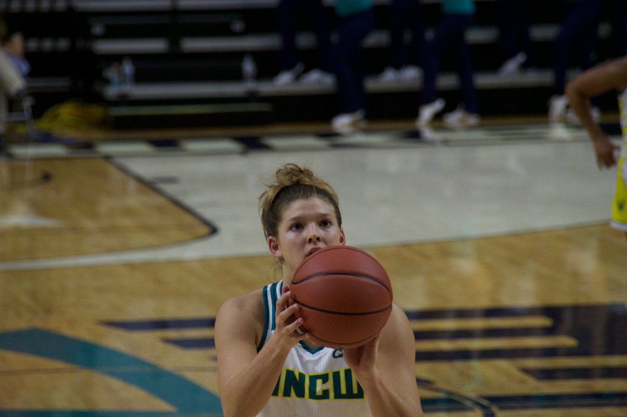 Lacey Suggs goes for a free throw at the line.