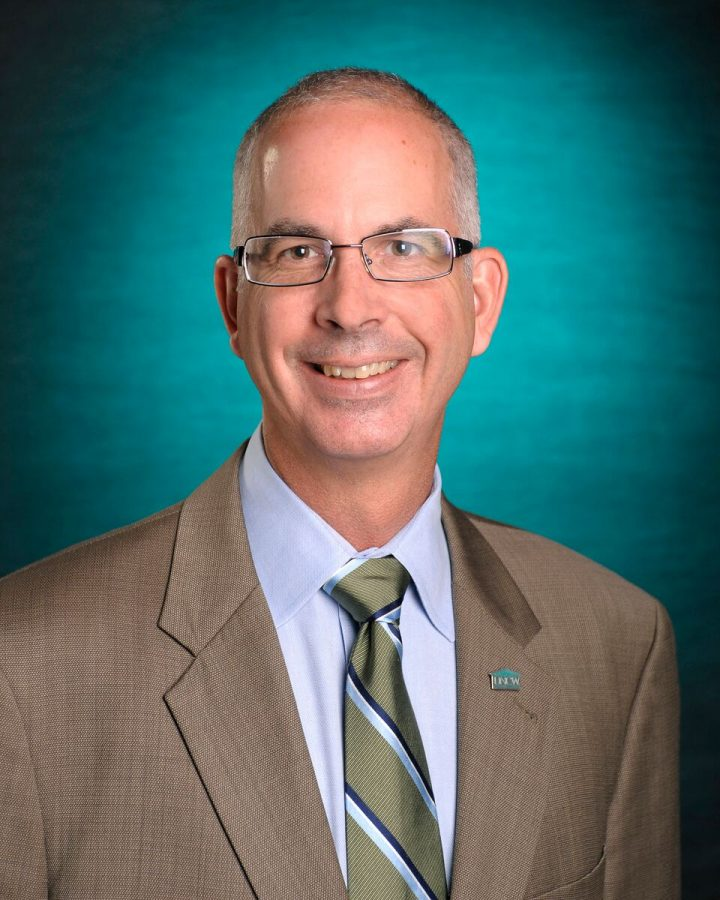 Dr. Stephen Meinhold, Faculty Senate president, presented the new teaching evaluation section at the latest Board of Trustees meeting.