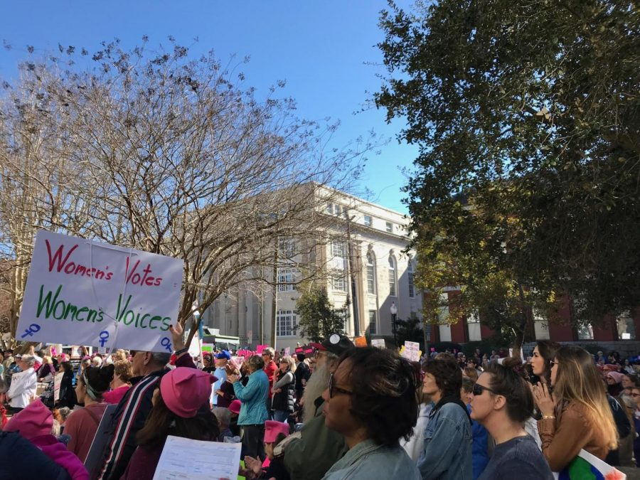 Hundreds+gather+at+2018+Women%27s+March+in+Downtown+Wilmington%2C+NC