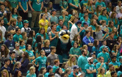 MBB Gallery: UNCW routs Pride on homecoming night