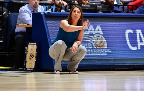 Championship effort: Barefoot continues to build up women's basketball
