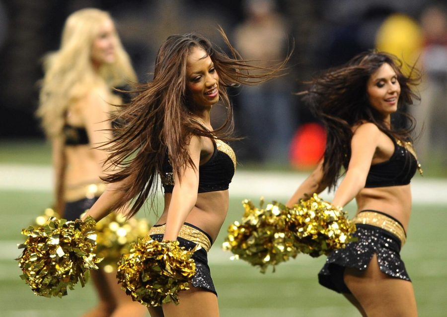 New+Orleans+Saints%27+cheerleaders+cheer+at+a+football+game+between+the+New+Orleans+Saints+and+the+Carolina+Panthers+in+Louisiana.+%28Jeff+Siner%2FCharlotte+Observer%2FMCT%29