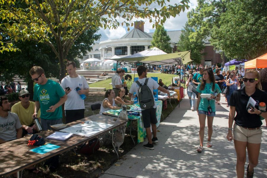 Involvement+carnival+showcases+new+opportunities+to+engaged+seahawks