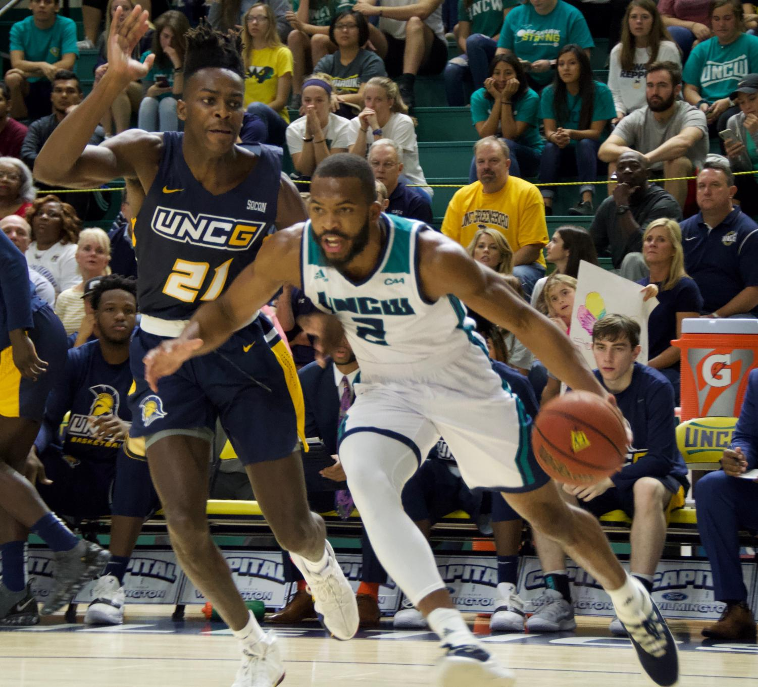 Jeantal Cylla (2) dribbles in for a layup during UNCW's Tuesday night game v.s. UNC Greensboro