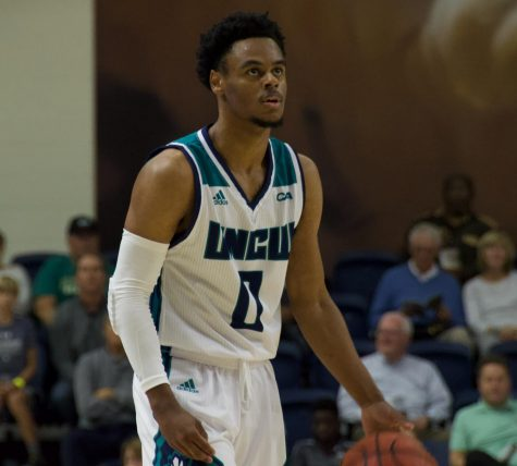 Ty Gadsden (0) during UNCW