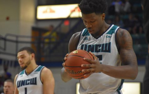 Gallery: UNCW falls to Charleston in conference opener