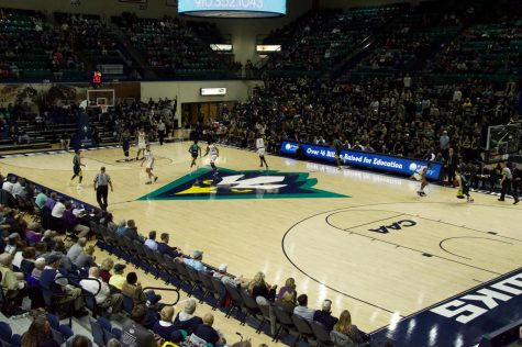Seahawks snap losing streak against Camels