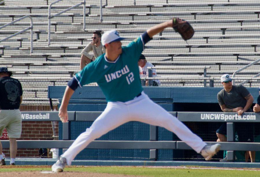 Luke+Gesell+%2812%29+pitches+during+UNCW%27s+season+opener+against+St.+Joseph+on+Feb.+15%2C+2019+at+Brooks+Field.