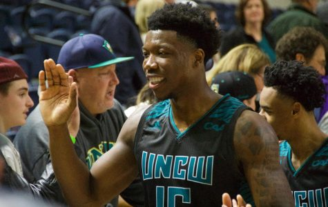 Gallery: Seahawks soar past Hofstra on Senior Night