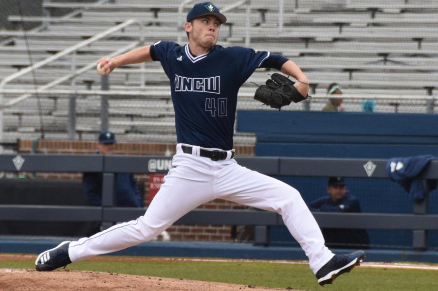 Gage+Herring+%2840%29+throws+a+pitch+during+UNCW%27s+matchup+with+VMI+on+Feb.+17%2C+2019.+