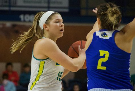 Lacey Suggs (13) during UNCW