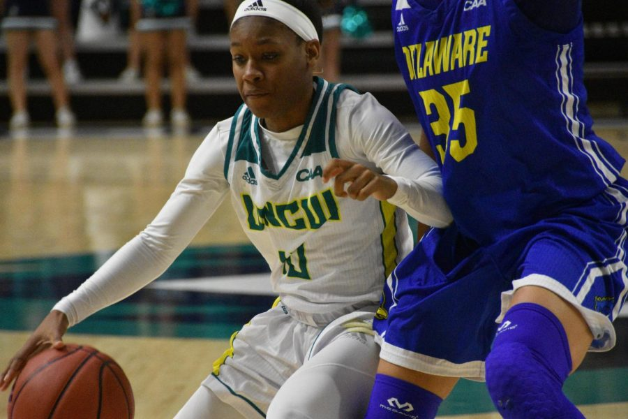 Ahyiona Vason (10) during UNCW's contest against Delaware in Trask Coliseum on Feb. 24, 2019.