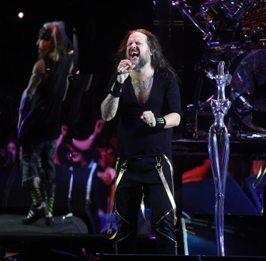 IRVINE, CA - AUGUST 30, 2019 Singer Jonathan Davis, center, and bass player Reginald Arvizu, background, perform with Korn at the Five Point Amphitheatre in Irvine on August 30, 2019. (Genaro Molina / Los Angeles Times/TNS)