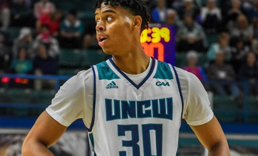 Jaylen Sims in UNCW's home opener against Johnson & Wales.