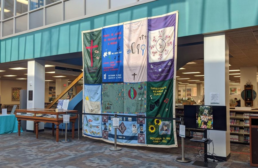 AIDS+Memorial+Quilt+display+in+Randall+Library+on+December+10.