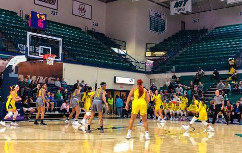 Women's hoops losing streak extends to three