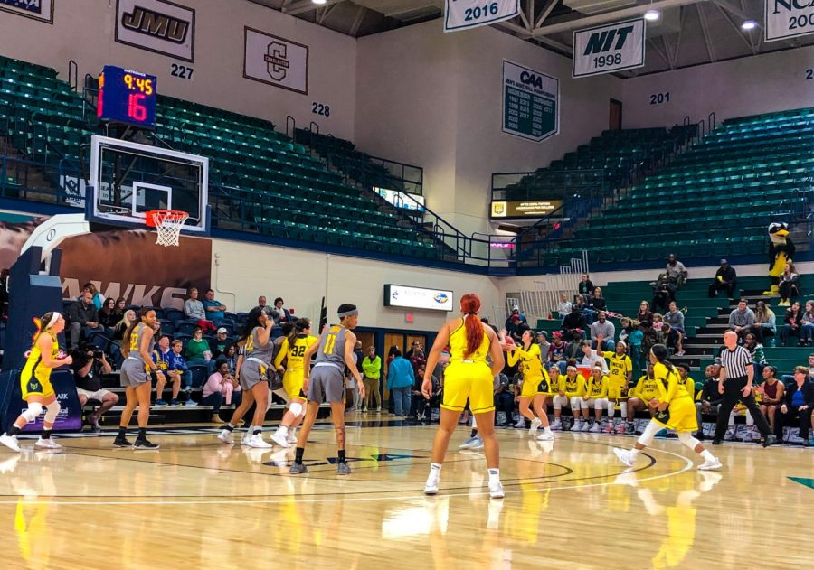 UNCW+women%27s+basketball+takes+on+Towson+on+Jan.+19%2C+2020+in+Trask+Coliseum.+