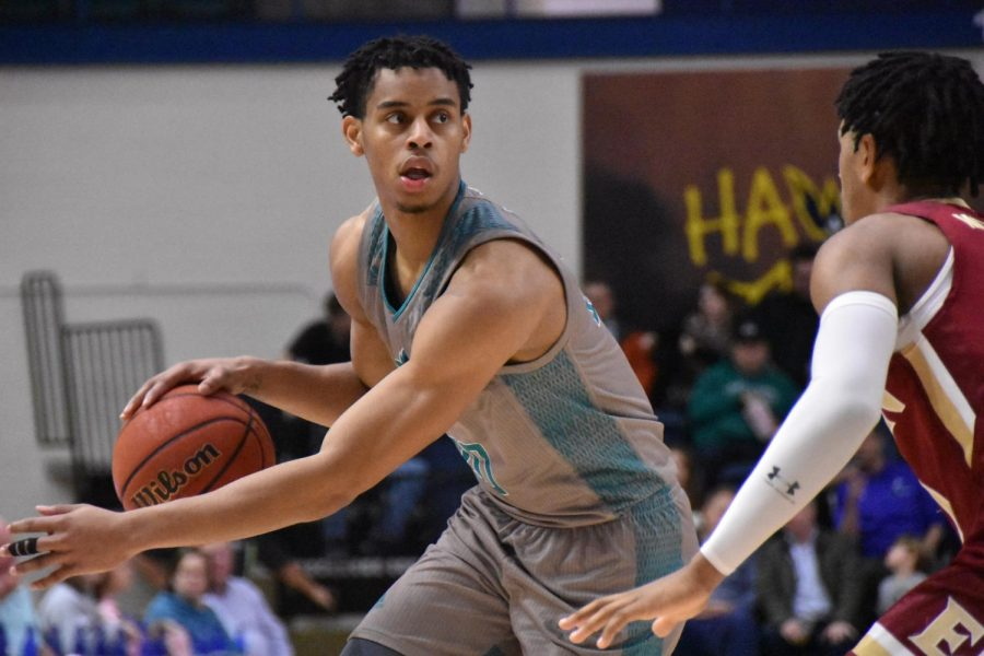 Jaylen Sims during UNCW's matchup with Elon on Feb. 6, 2020 at Trask Coliseum.