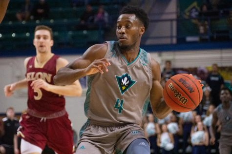 Mike Okauru (4) during UNCW