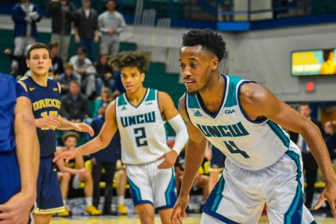 Shykeim Phillips (2) and Mike Okauru (4) during UNCW's matchup with Drexel on Feb. 27, 2020