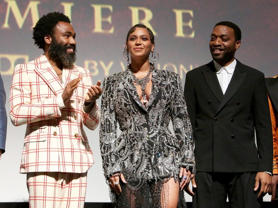 Beyonce%2C+Donald+Glover%2C+and+Chiwetel+Ejiofor+at+the+World+Premiere+of+Disney%27s+%22The+Lion+King%22.+