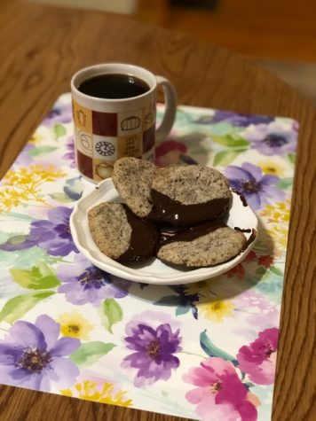 Turkish coffee shortbread cookies. Photo by Cierra Noffke