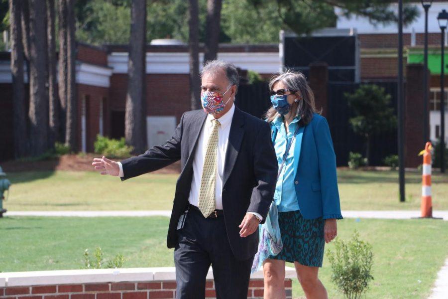 Chancellor Jose V. Sartarelli and Mrs. Katherine Sartarelli.