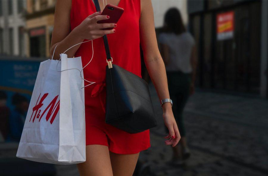 A H&M shopping bag.