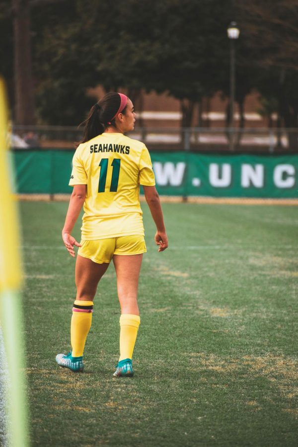 Women's Soccer stays perfect in CAA play