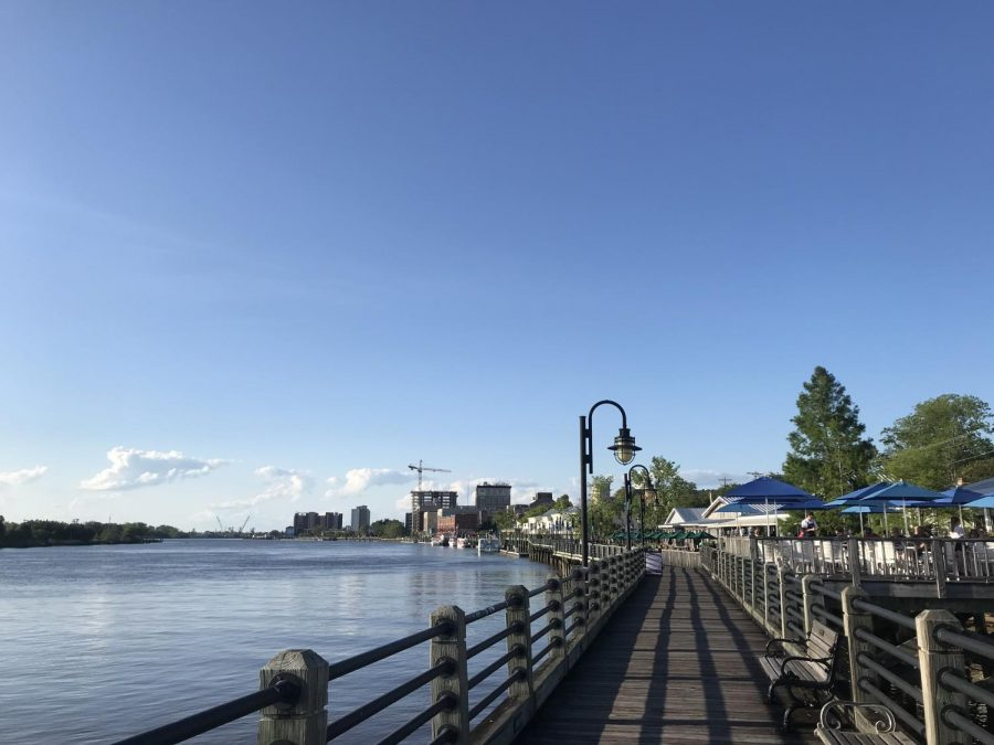 A+view+of+the+Wilmington+riverwalk.