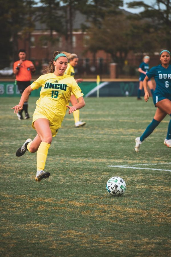 Hayley Magnussen during UNCW