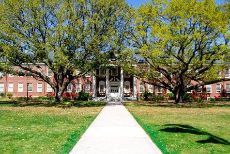 Alderman Hall on UNCW campus.