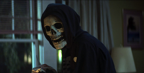 A still from Fear Street Part One: 1994 (2021).