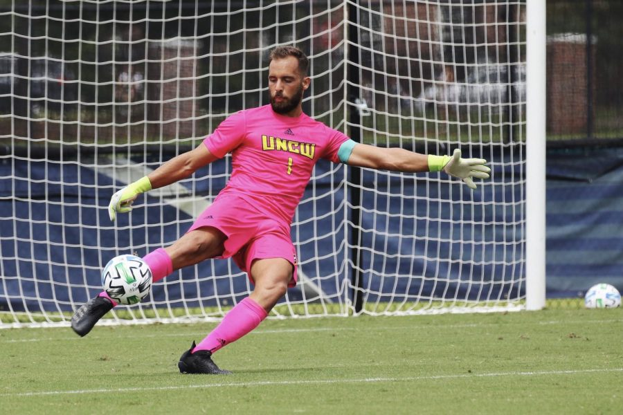 Gabriel Perrotta during UNCW's match with Lafayette on Aug. 26, 2021.